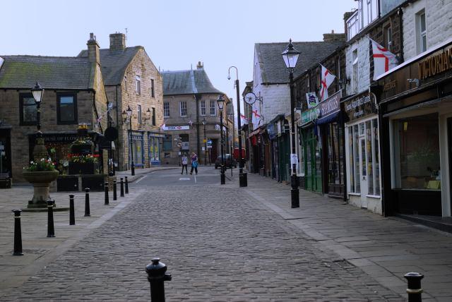Barnoldswick Town Square (Albert Road end)